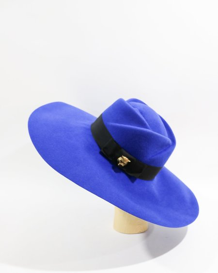 Pre-loved Gucci Rose Top Wide Brim Hat - blue