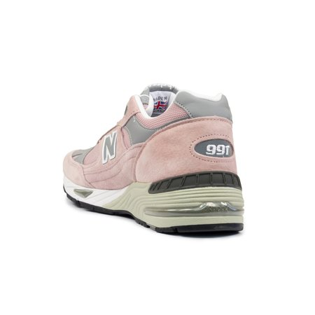 New Balance 991 Suede Sneaker - Pink