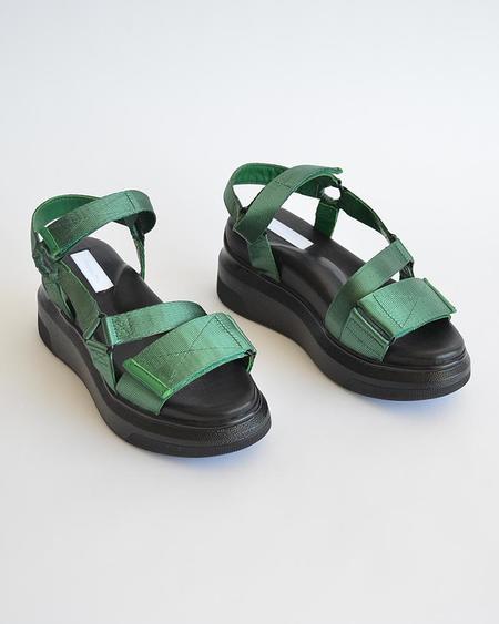 Vamp Shoes Suzanne Rae Velcro Sandal - Black