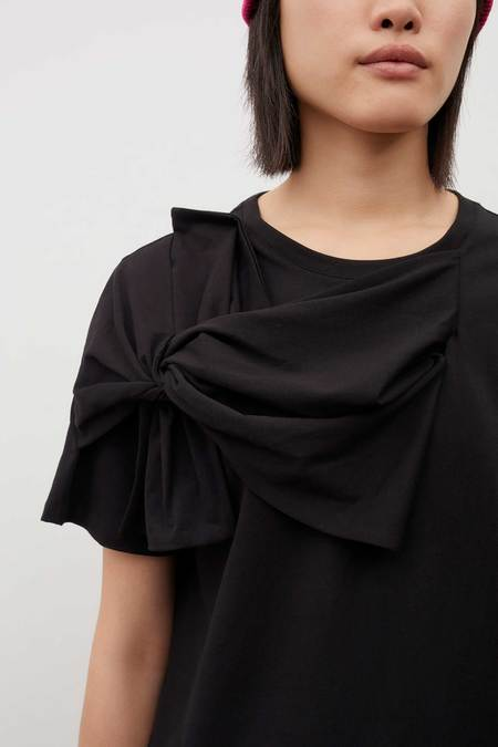 Kowtow Knotted Tee