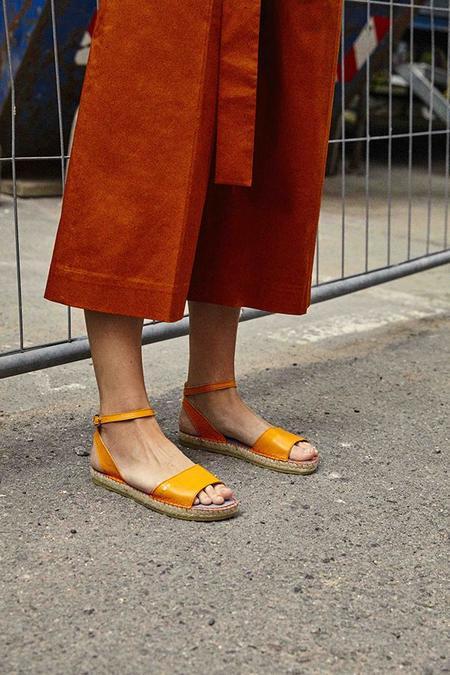 Act Series Berlin Jude Sandals - Tangerine
