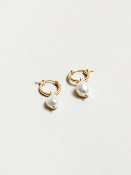 Wolf Circus small pearl hoops - 14k gold-filled