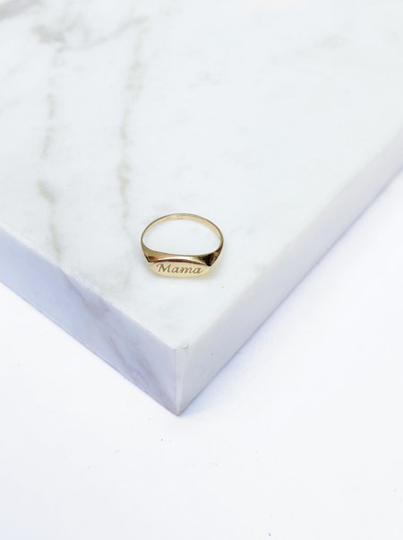 The Thorny Roses Mama Signet Ring - 14K Gold