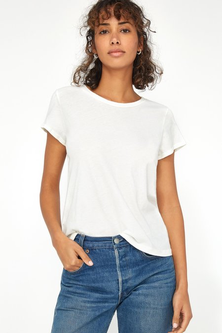 Lacausa Luxe Frank Tee - Whitewash