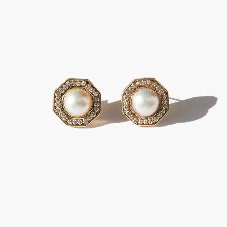 Kindred Black Hemings Earrings - Gold/Pearl