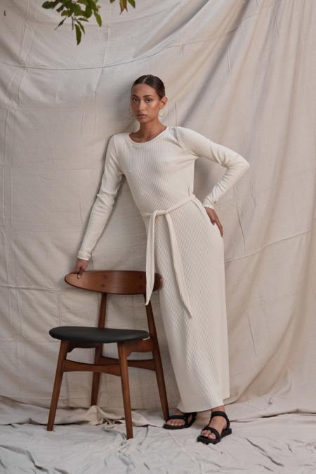 Lois Hazel Pillar Dress - Cream