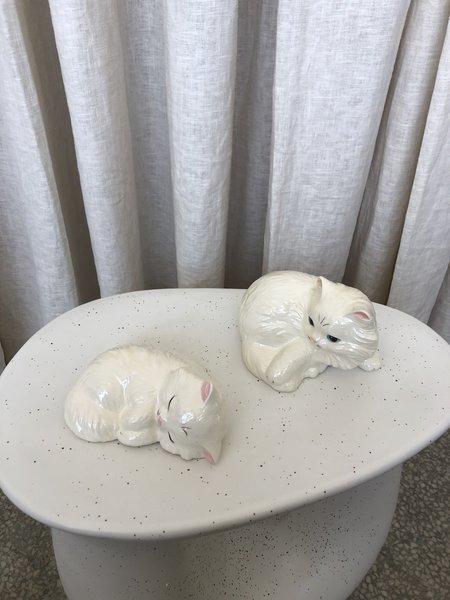 Vintage SLEEPY KITTY FIGURINE SET - White