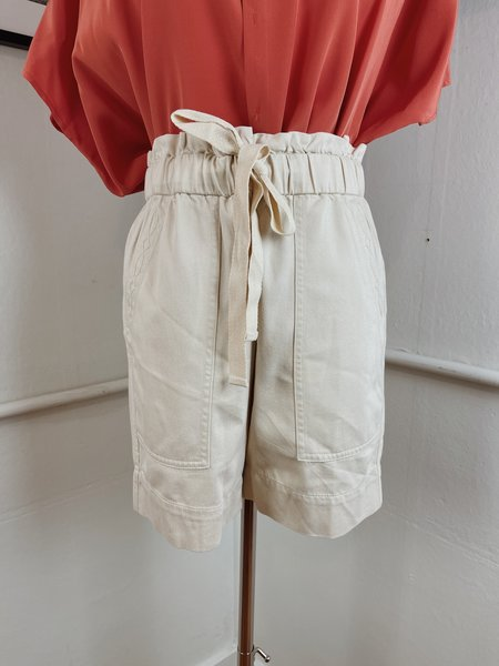 Pre-loved Frye x Anthropologie Paper Bag Shorts - cream