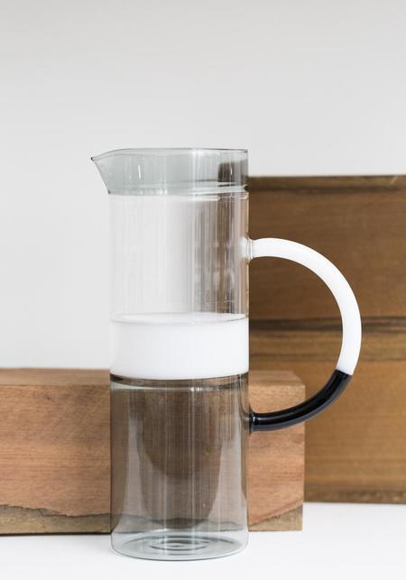 Ichendorf Tequila Sunrise Cylinder Jug - Smoke/White/Clear
