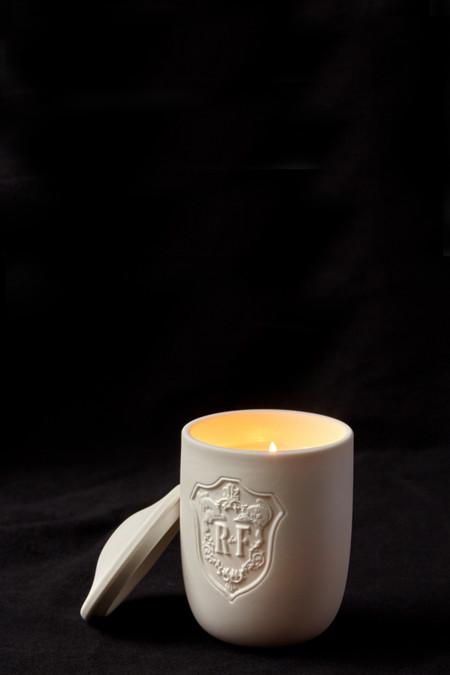 Régime des Fleurs Artefacts Thaleia Candle