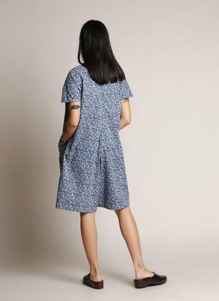KAAREM Dahlia Pleatstay Pocket Short Onesie - Blue Garden Print
