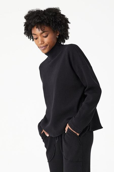 back beat rags Organic Cotton Waffle Thermal Top - Black