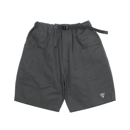 South2 West8 BELTED CENTER SEAM SHORTS - CHARCOAL