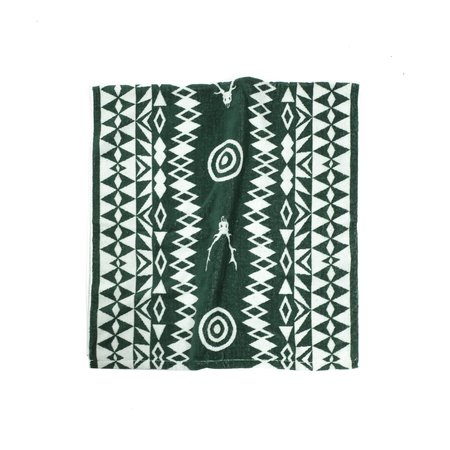 South2 West8 TARGET AND SKULL BATH TOWEL - WHITE/GREEN