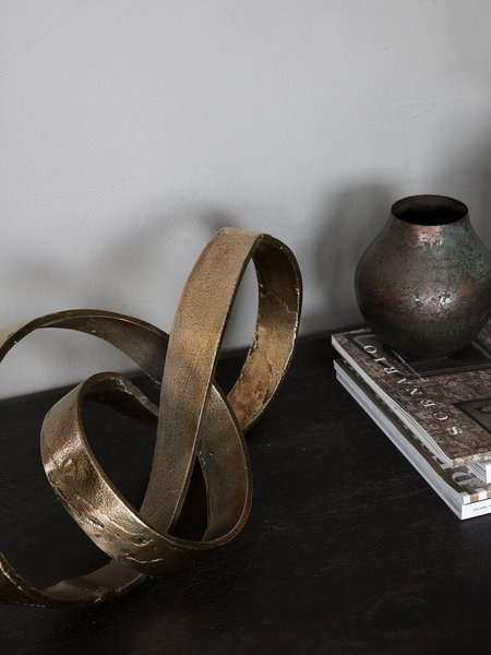 House Doctor Nauji Sculpture - Brass finish