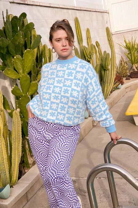 Lisa Says Gah Emma Sweater - Blue Daisy