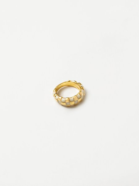 Wolf Circus Libby Thick Checkered Ring - Creme/14k gold-plated