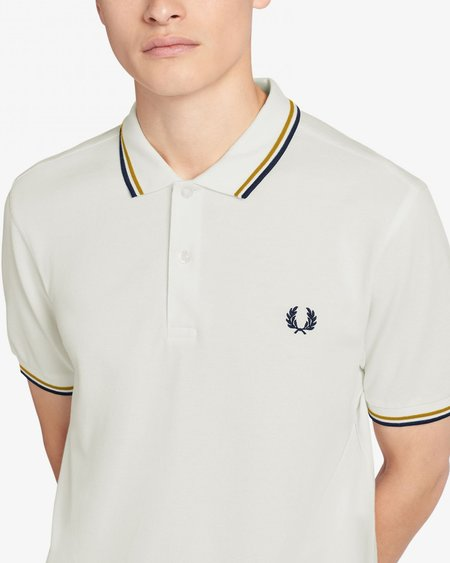 Fred Perry M3600 Short Sleeve Polo - Snow White/Gold
