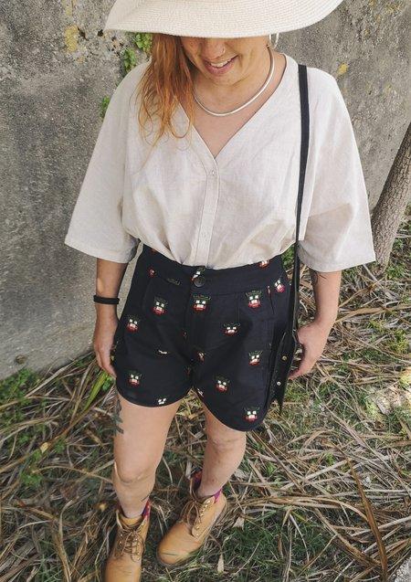 Berenik Linen High Waist Shorts - Black With Embroidery