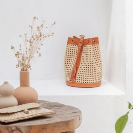 Village Thrive Raja Leather Backpack - Natural