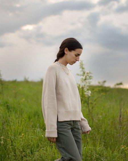 Daēza Raglan Sweater - Sand