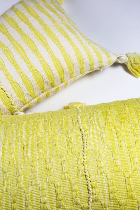 Archive New York Antigua Pillow - Faded Yellow Solid