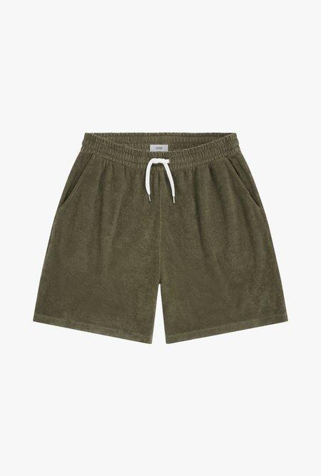 Closed Shorts - GREEN