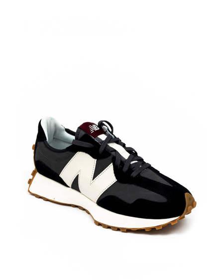 New Balance Model 327 shoes - Black