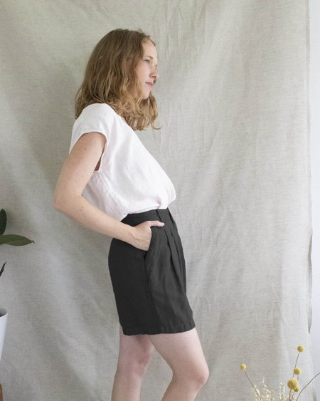 Esby Penny Short - Washed Black
