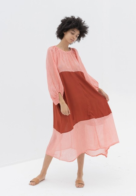 NIKKI CHASIN BALLAD DRESS - FLAMINGO/CHERRY
