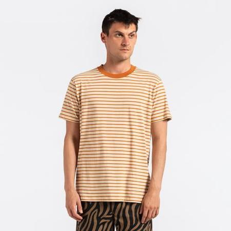 Banks Journal Fridays Deluxe Tee Shirt - TOBACCO