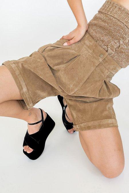 Vintage Suede Pleated Shorts - sandstone