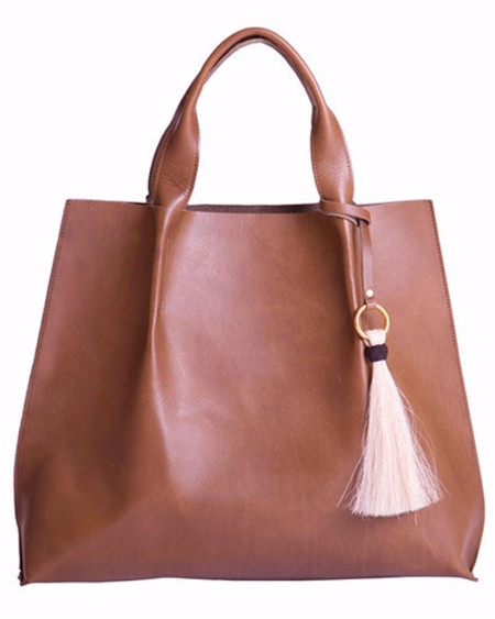 Oliveve maggie tote in chestnut saddle leather with horsehair tassel