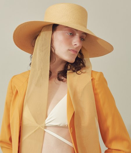Clyde Panama Straw Pearl Hat w. Neck Scarf - Apricot