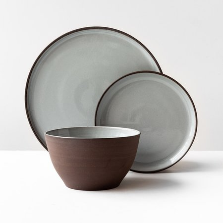 Valérie Pelletier 3-Piece Dinnerware Set - Chocolate Brown Stoneware