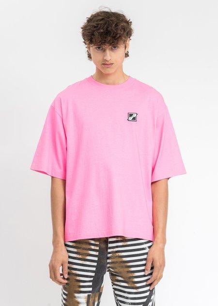 we11done Homesick Mini Logo Patch T-Shirt - Neon Pink