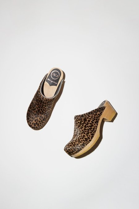 No. 6 Old School Clog on Mid Heel - Spotted Pony