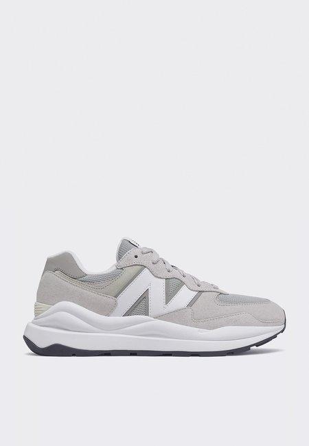 New Balance M5740CA  sneakers - rain cloud/munsell white