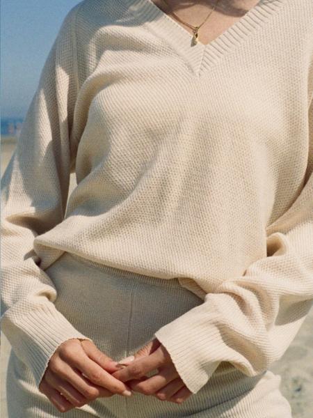 Vintage V-neck jumper - off white