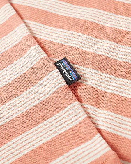 Patagonia Camiseta Ms Organic Cotton MW Pocket - Mellow Melon Stripe