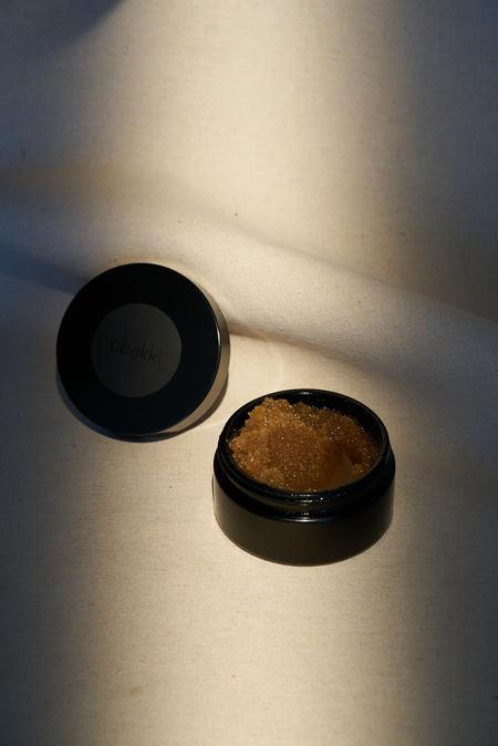 Obakki Organic Sugar Scrub - Earthy Scent