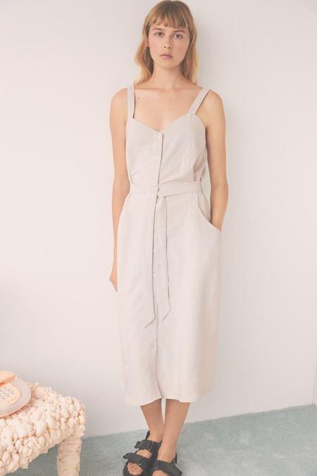 EVE GRAVEL SS21 DAISY DRESS - ARGILE