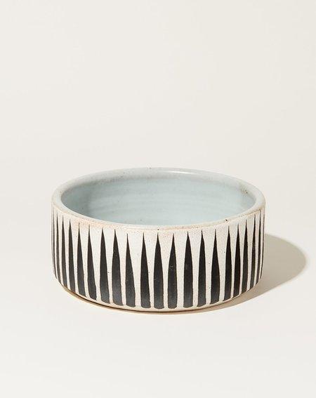 MQuan Dog Bowl - Black Stripes