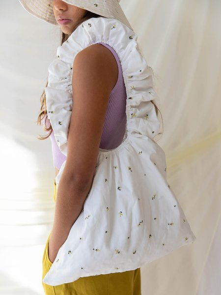 Find Me Now Ruffle Shoulder Bag - white