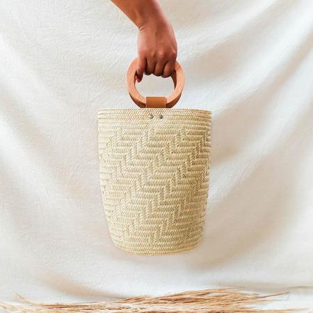 Hecho and Co Madera Palm Bag - beige