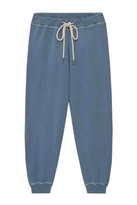 The Great. The Cropped Sweatpant - Dusty Blue