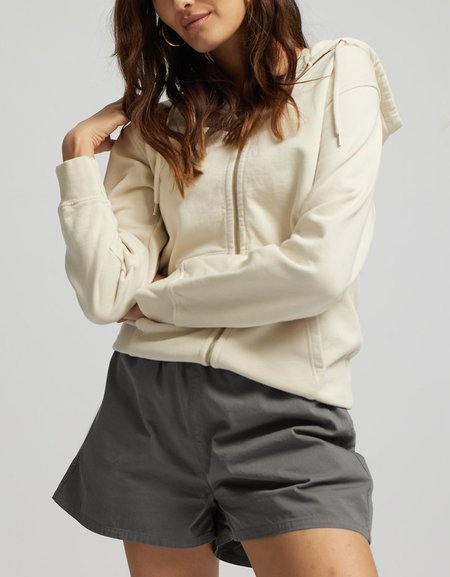 Colorful Standard Pantalón Short de Mujer Organic Twill - Storm Grey