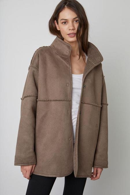 Velvet Albany Reversible Luxe Sherpa Jacket - Mink