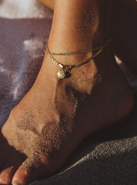 Rauw Jewelry Seashell Anklet