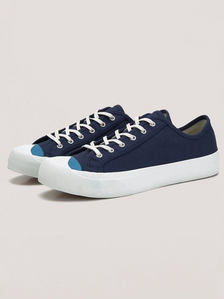 YMC Wing Tip Trainer shoes - Navy/Blue